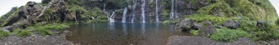 Bassin au pied des cascades de Langevin