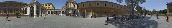 Cours au Vatican