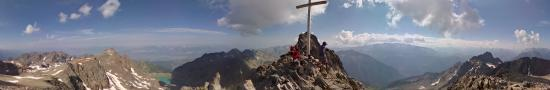 At the cross of Belledonne, in 2926 m