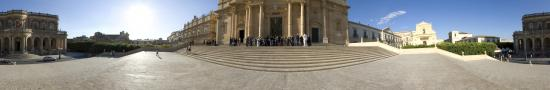 wedding at the Noto church