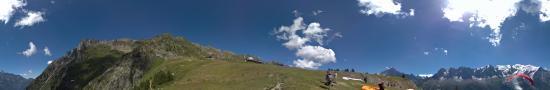 D�part de parapente � Planpraz au dessus de Chamonix