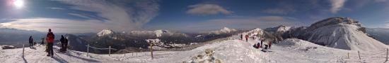 Au sommet de Pravouta en face de la Dent de Crolles, 1750 m