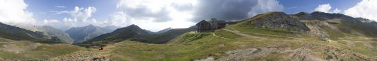 Refuge de la Croix du Bonhomme � 2440 m