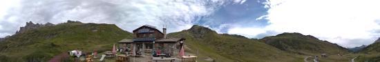 Le refuge des Dray�res � 2175 m